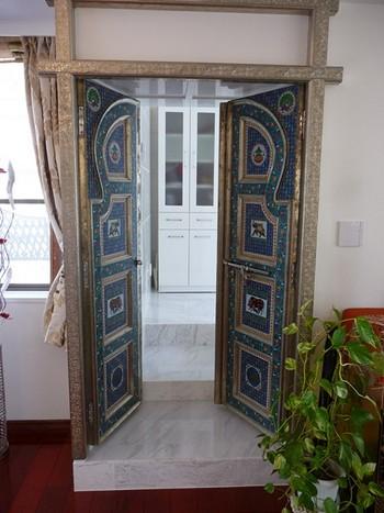 祈祷室 扉