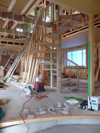 木製らせん階段