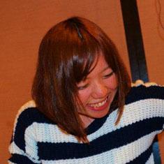 -ayumi isoi-profile.jpg