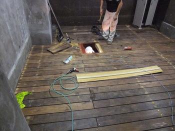 地下室 リノベーション,地下室,鉄骨,貯水,ピット,北野町 新しいHP はじめに ニュース 別荘