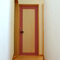 室内ドア造作扉:ピンク色