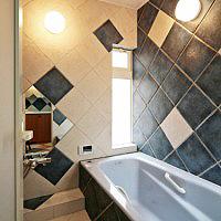 浴室壁300角タイル