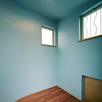 スカイブルー:塗り壁