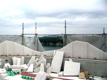 ALC屋上手すり壁テラスより海側の様子