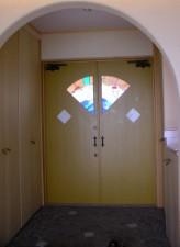 1階玄関ドア
